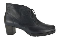 Boty pro široké nohy - jak vybrat  - nadměrná obuv fb6d7997fd7